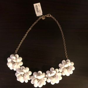b5fd64121ff82d J. Crew Factory Jewelry - NWT J.Crew Factory Crystal Floral Burst Necklace